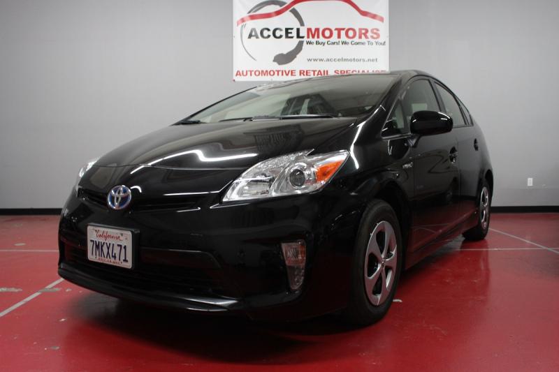 2015 Toyota Prius 1オーナー車 低走行車両 トヨタのメーカー保証有り