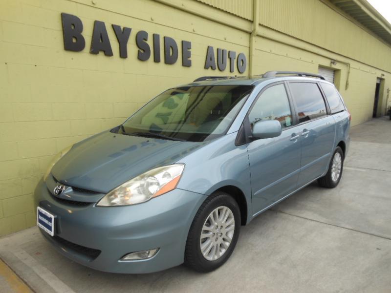 Toyota シエナ XLE レザーシート オークションで売っていた車ではありませんBS車