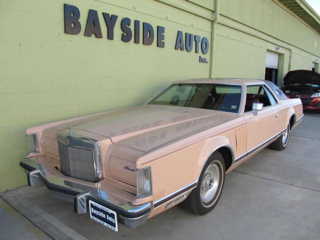 1977 Lincoln MARK V どんな車も日本に輸出します!クラシックカー、希少車 お気軽にご連絡下さい