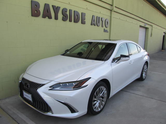 2019 Lexus ES300h 新車 ご注文ん頂きました、電話1本日本語で安心!ディーラーで購入するより簡単!
