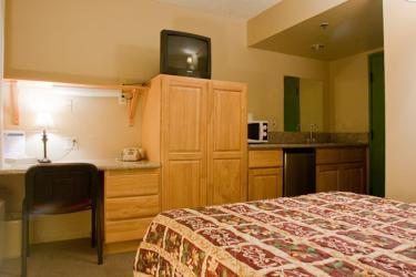 [Hillcrest] 学生の方にピッタリ 家具付きスタジオタイプアパート