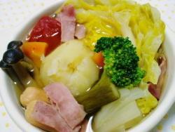 炊飯器で!野菜たっぷりのポトフ